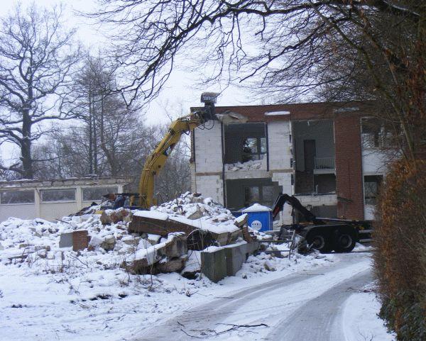 Die Institutsgebäude werden abgerissen